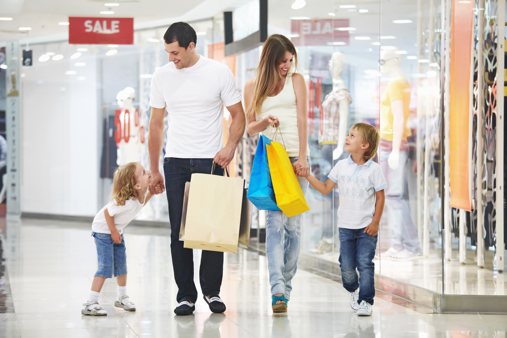 Tøj til børn og voksne: Det skal du gå efter